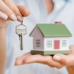 Should you BUY or RENT a house in the current housing market?